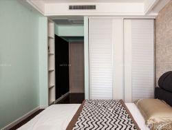 90平兩室兩廳臥室衣柜裝修案例