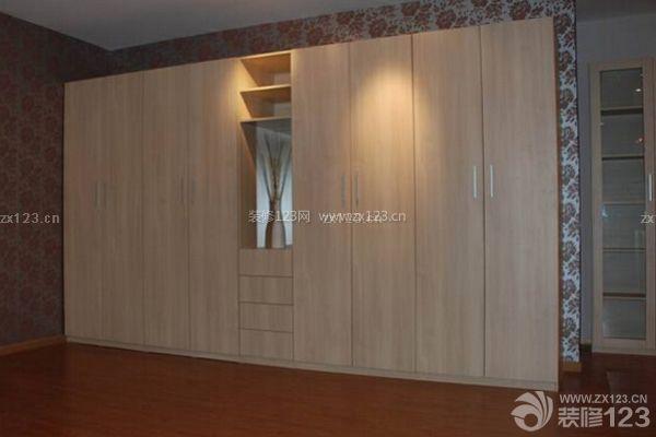 卧室衣柜平开门优缺点 我们该如何选择尺寸