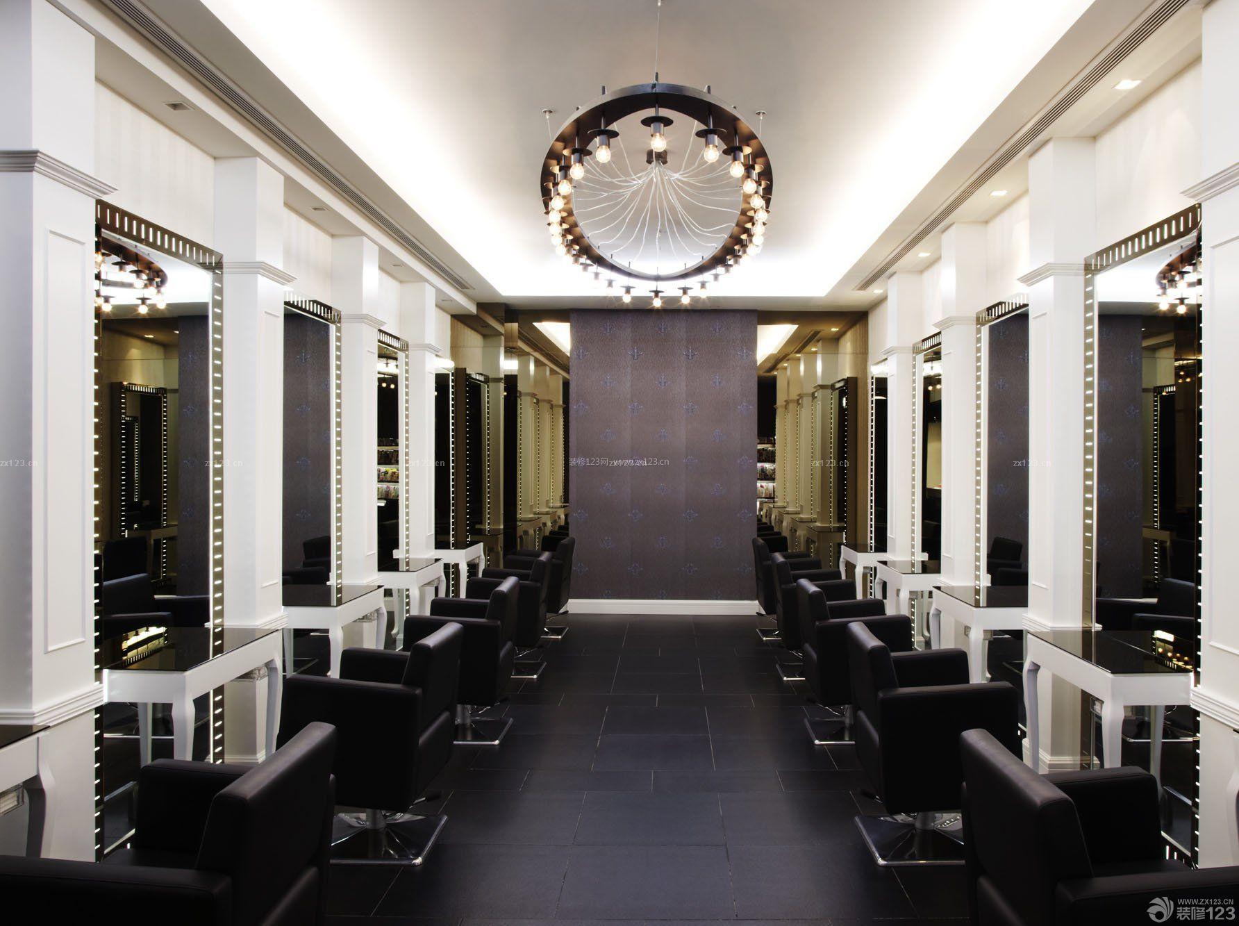 小型美发店室内背景墙装修效果图片