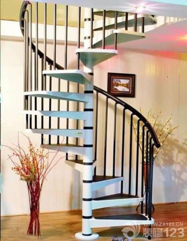 中柱旋转楼梯的尺寸与安装