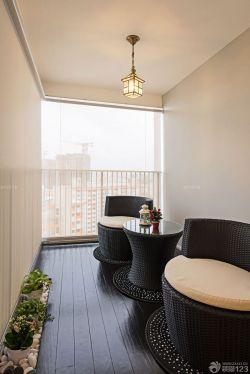 交换空间阳台设计黑色木地板装修效果图片