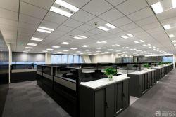 現代大辦公室辦公桌隔斷裝修效果圖