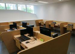 小辦公室辦公桌隔斷裝修效果圖片大全