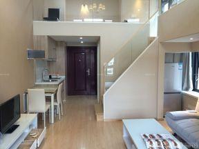 挑高客廳裝修效果圖 小復式樓裝修