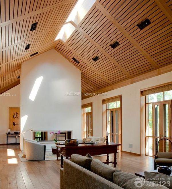 120平米复式斜顶客厅装修效果图