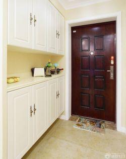 美式风格三居室进门鞋柜装修效果图