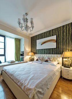 兩居室裝潢臥室床頭背景墻