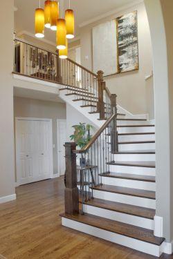 别墅室内木楼梯扶手装修实景图欣赏