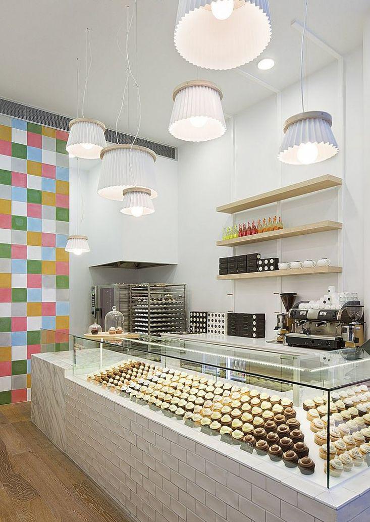 蛋糕店室内吊灯装修效果图片