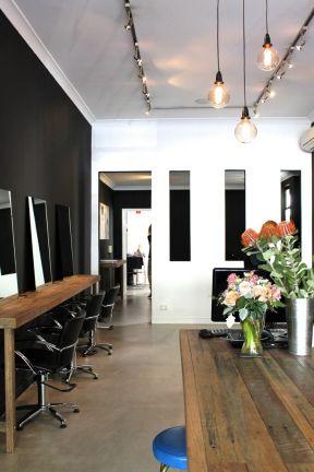 美容美发店装修图 工业风格装修美发店
