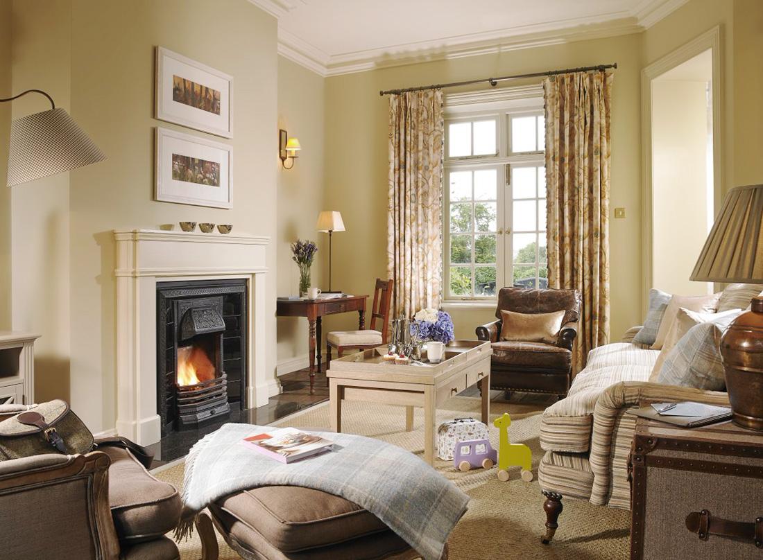 美式家装130平米客厅装修效果图片