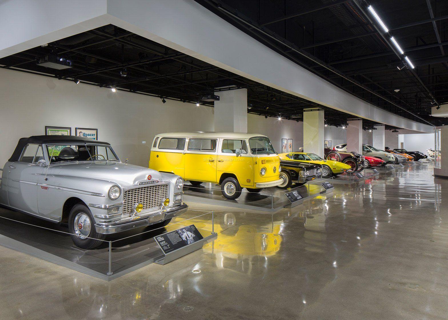 大型汽车4s店展厅布置效果图