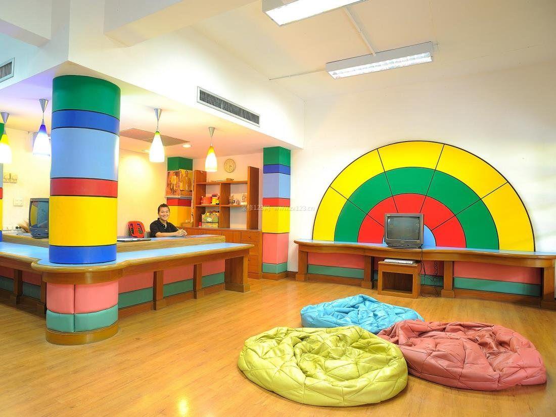 幼儿园装修浅黄色木地板效果图片大全欣赏