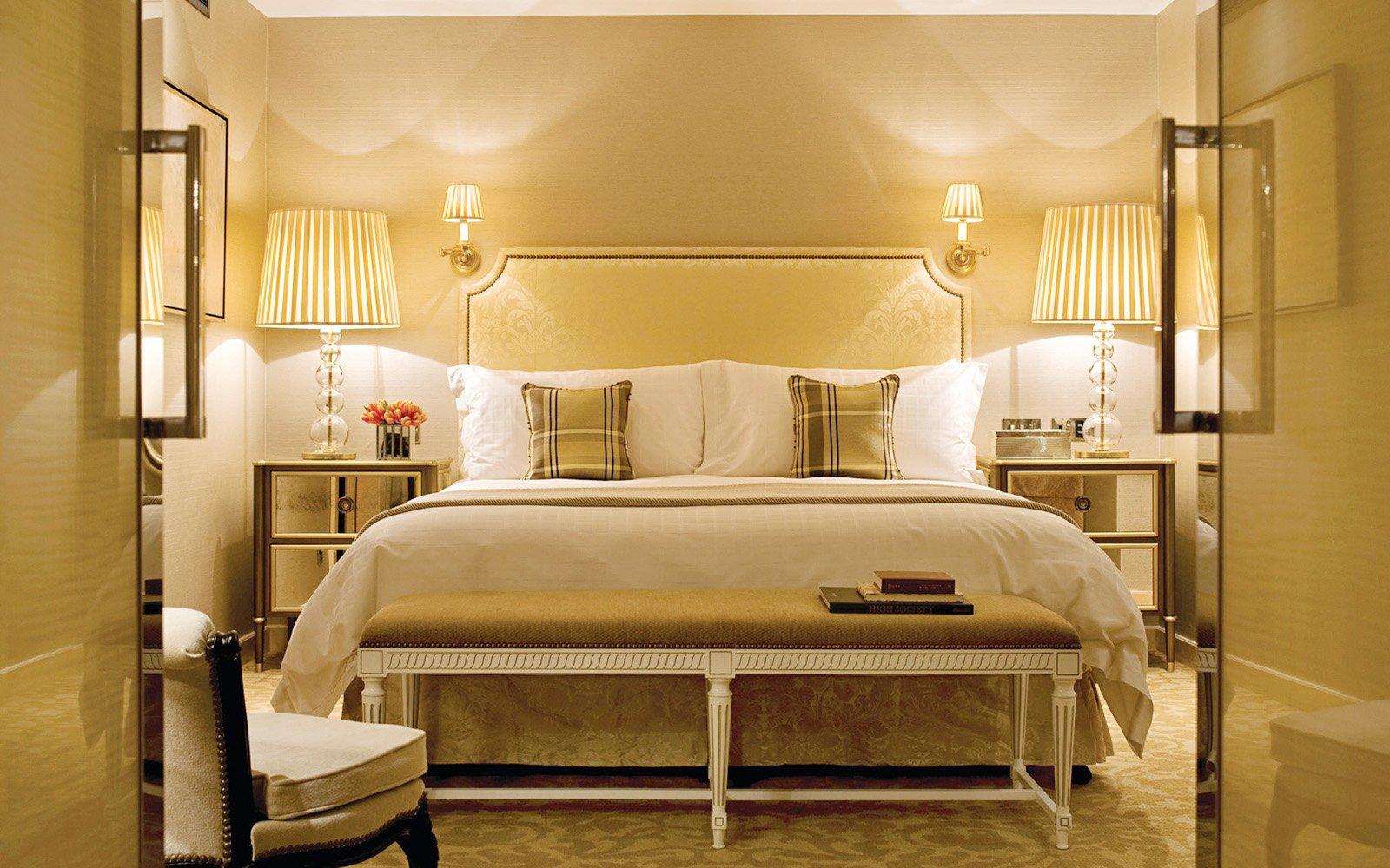 宾馆单间床头壁灯装修效果图
