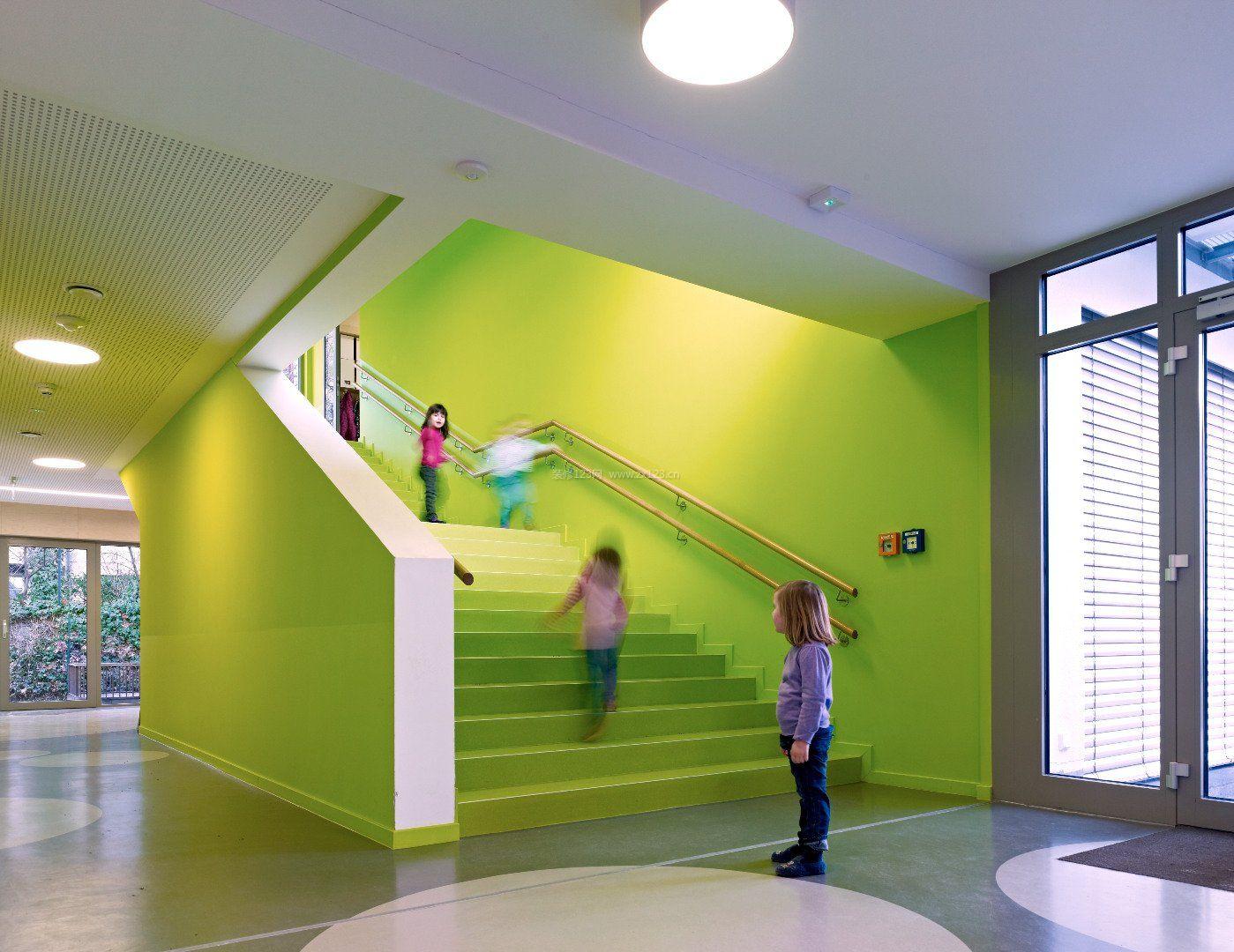 现代幼儿园楼梯设计装修效果图片大全
