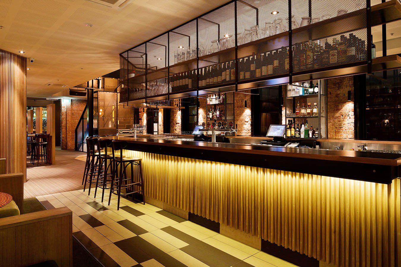 酒吧工业风格吧台图片_酒吧吧台设计风格图片
