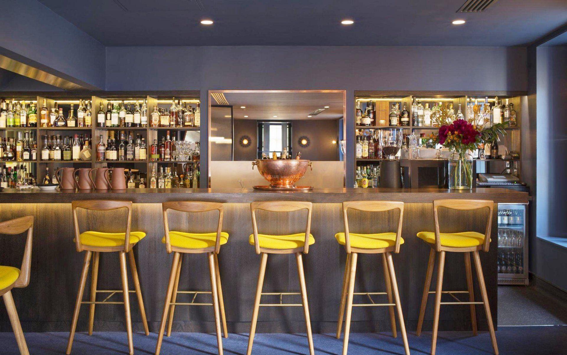 小酒吧吧台椅装修效果图