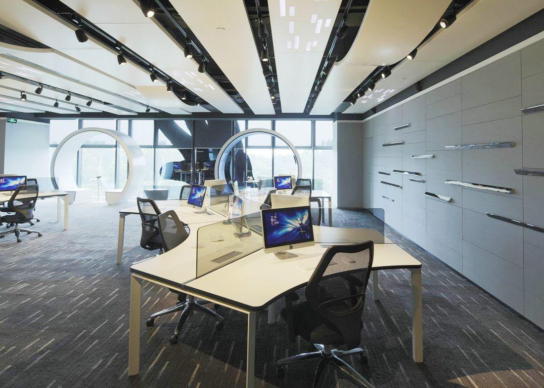 现代办公室风格吊顶设计装修效果图片