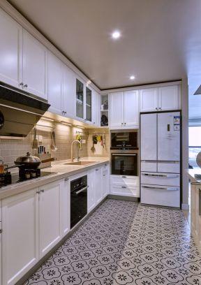 小面积厨房 厨房地面瓷砖效果图