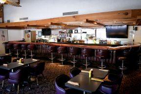 特色酒吧隔断效果图小型室内装修中式沙发背景墙装修图片