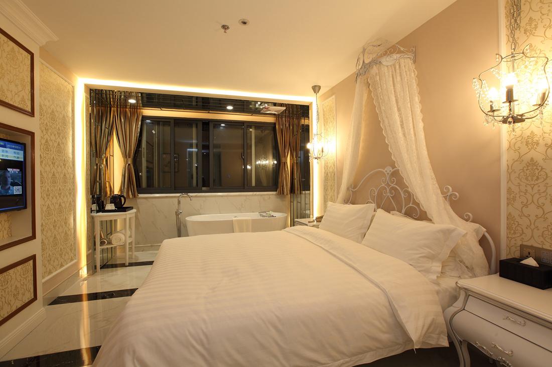 欧式室内设计卧室地板装修效果图片