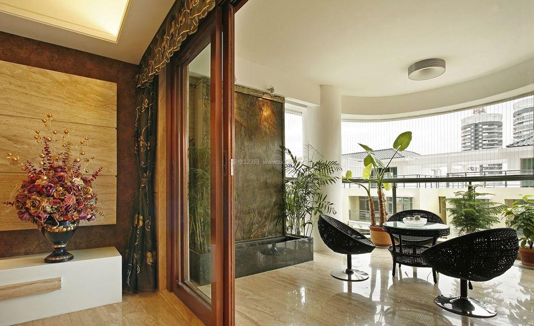 现代中式风格别墅客厅到阳台的门装修效果图