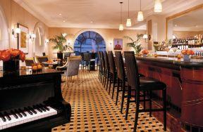 五星级酒店酒吧室内吧台椅装修设计图