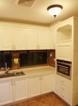简约欧式风格小型厨房装修效果图片