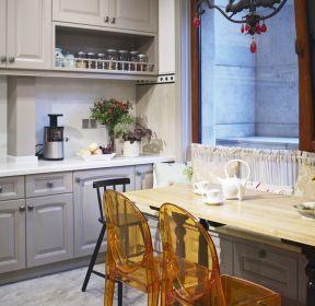 欧式简约风格小型厨房装修效果图片-每日推荐