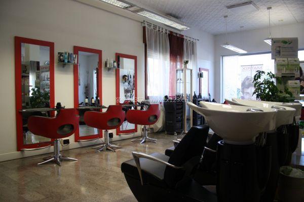成都理发店装修设计 理发店装修公司推荐