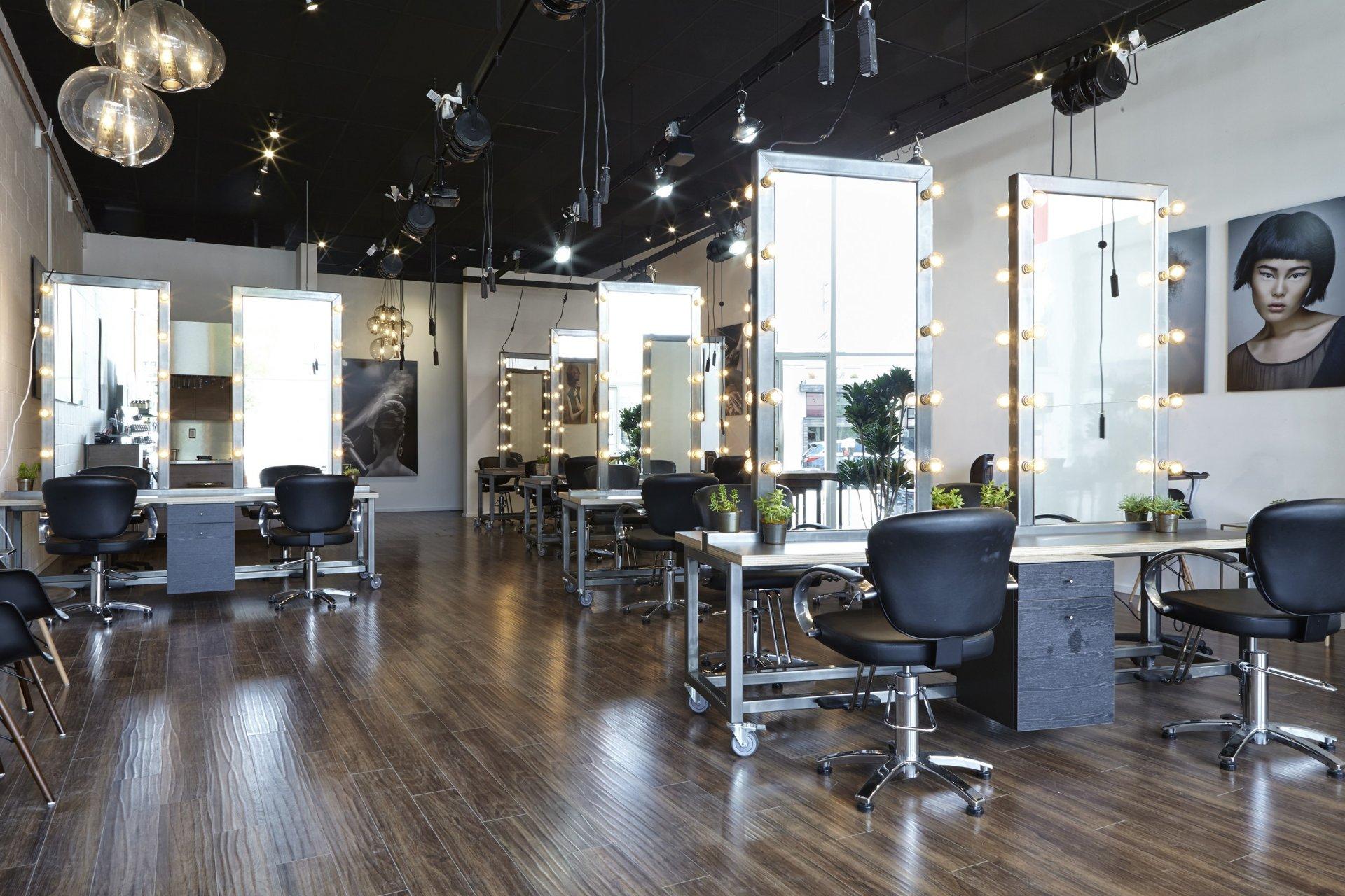 美发店装修 理发店 发廊装修 美容院装修装潢设计图片