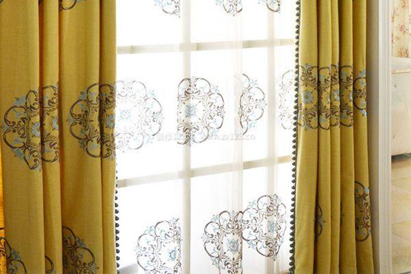 窗帘如何选择