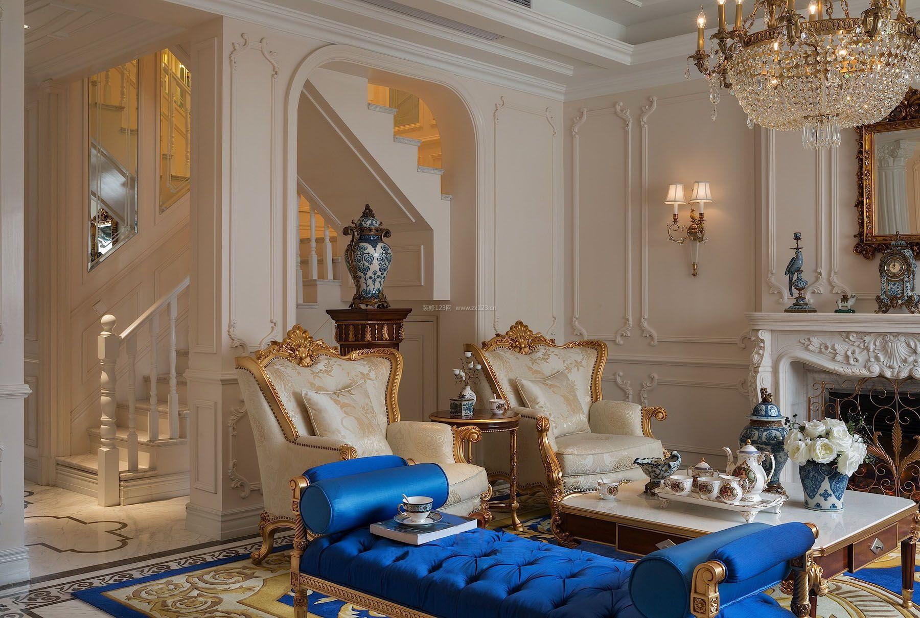 法式跃层别墅楼梯装修效果图图片
