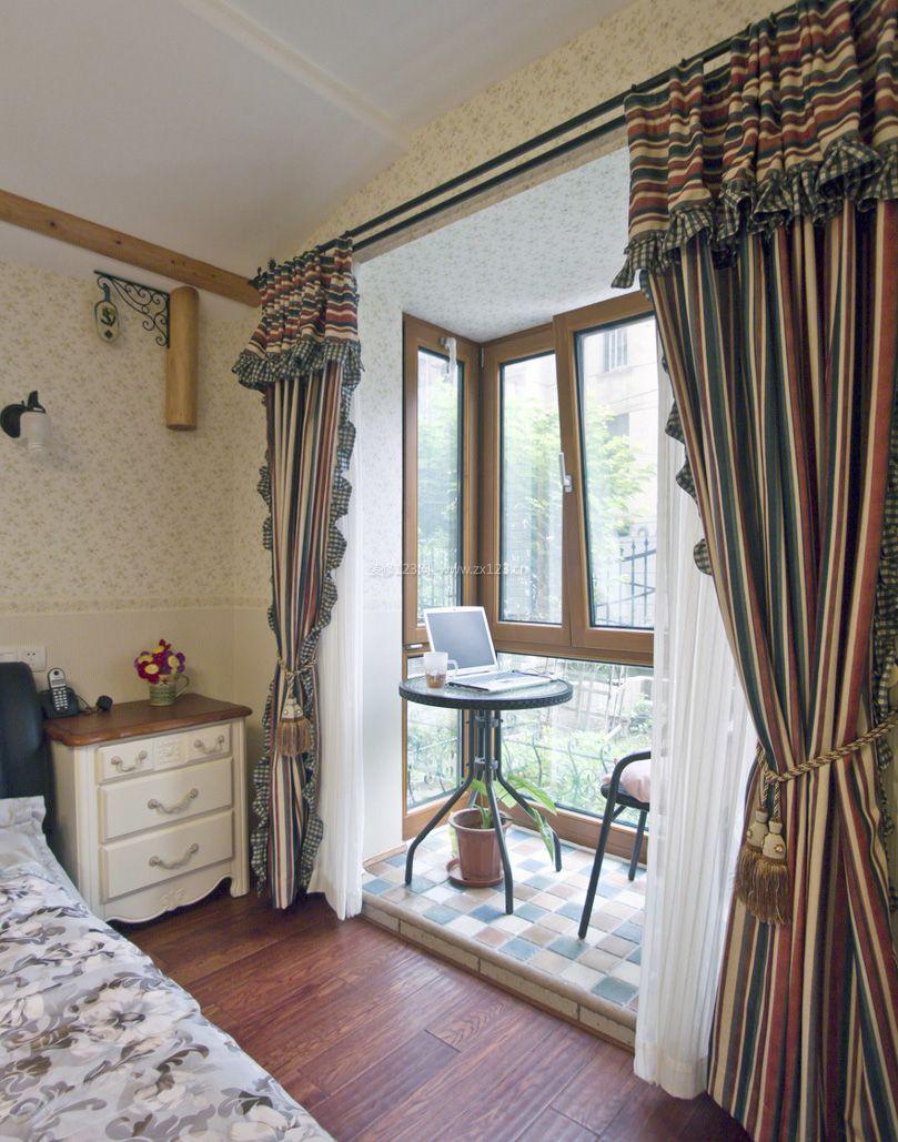 美式风格阳台卧室装修效果图片