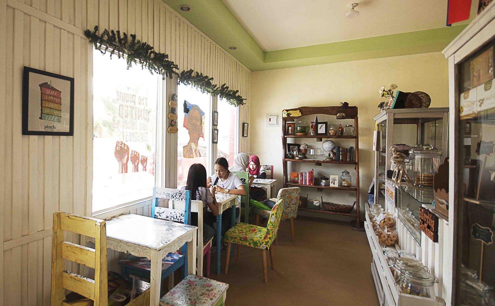 温馨小奶茶店装修设计效果图