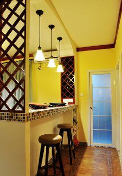地中海室内客厅吧台装修效果图