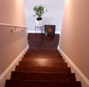 頂樓閣樓樓梯設計圖片-每日推薦