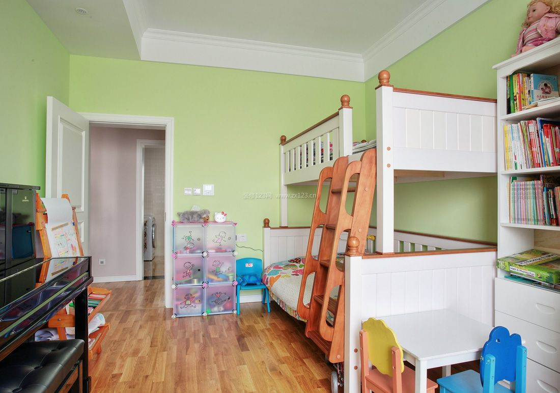 田园别墅装修风格儿童房实木高低床装修效果图片