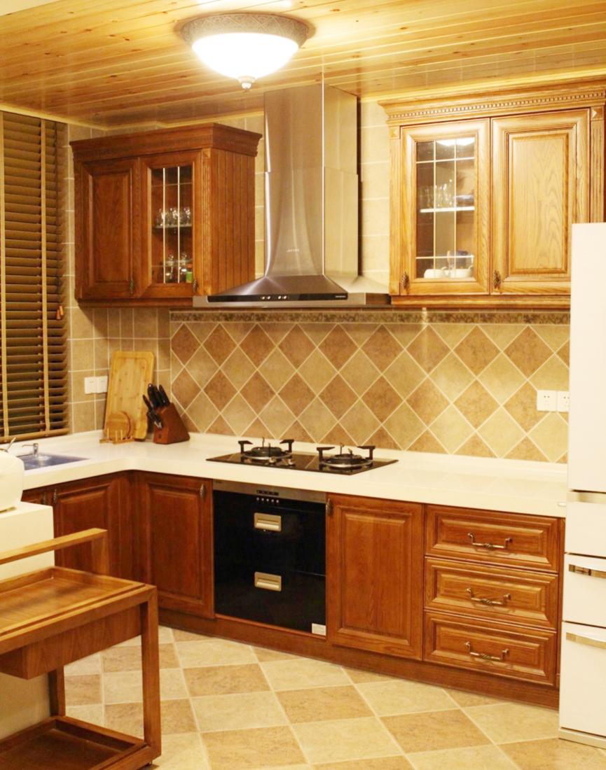 美式家装小户型厨房吊柜装修效果图2017