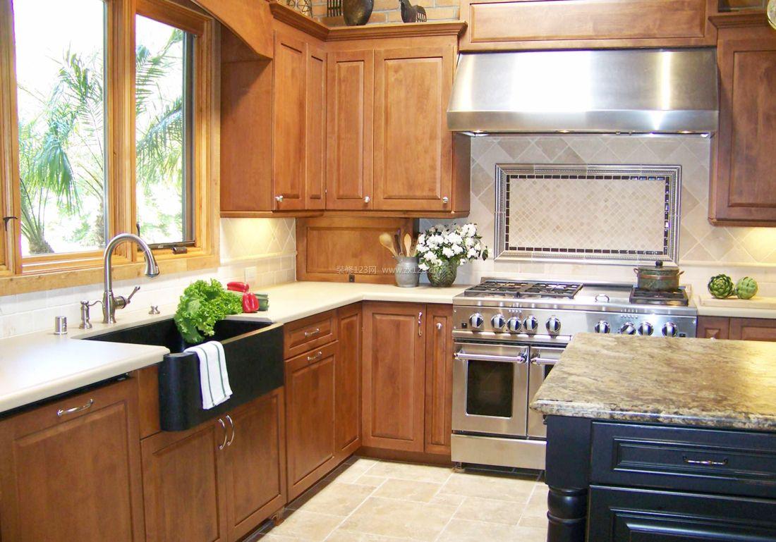 家装效果图 美式 美式小户型厨房吊柜装修图片大全 提供者:   ←图片