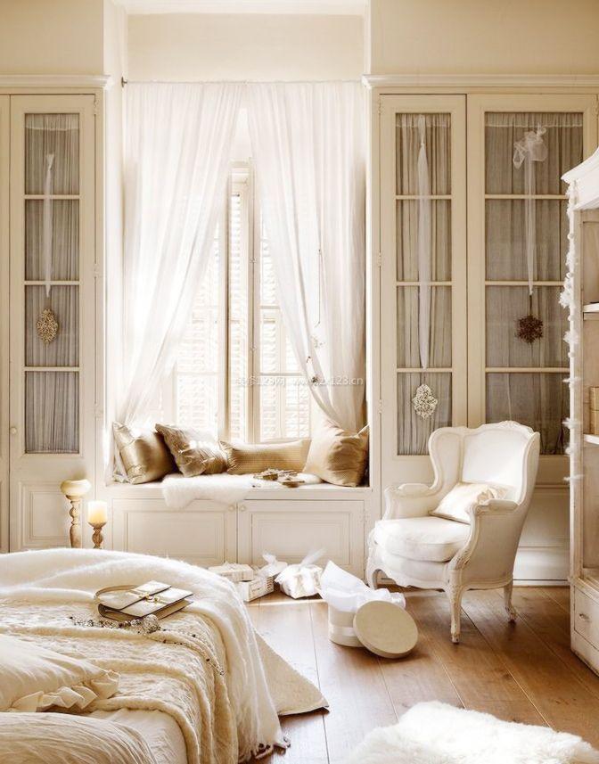2017欧式家居室内卧室阳台榻榻米装修效果图案例