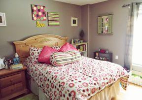 女生卧室装潢