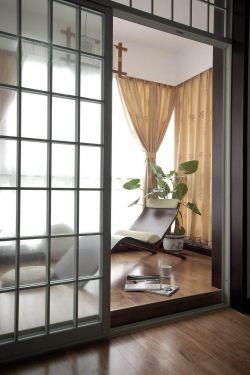 中式风阳台隔断 门装修图