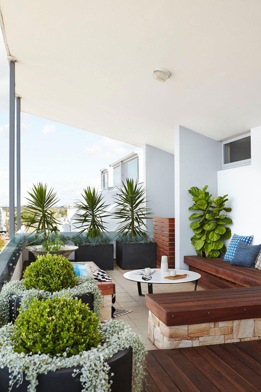现代风格设计客厅阳台休闲区图片