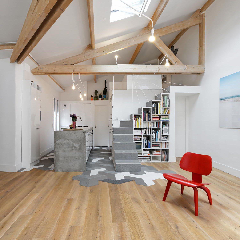 家装效果图 阁楼 复式楼斜顶阁楼浅色木地板装修效果图 提供者:   ←