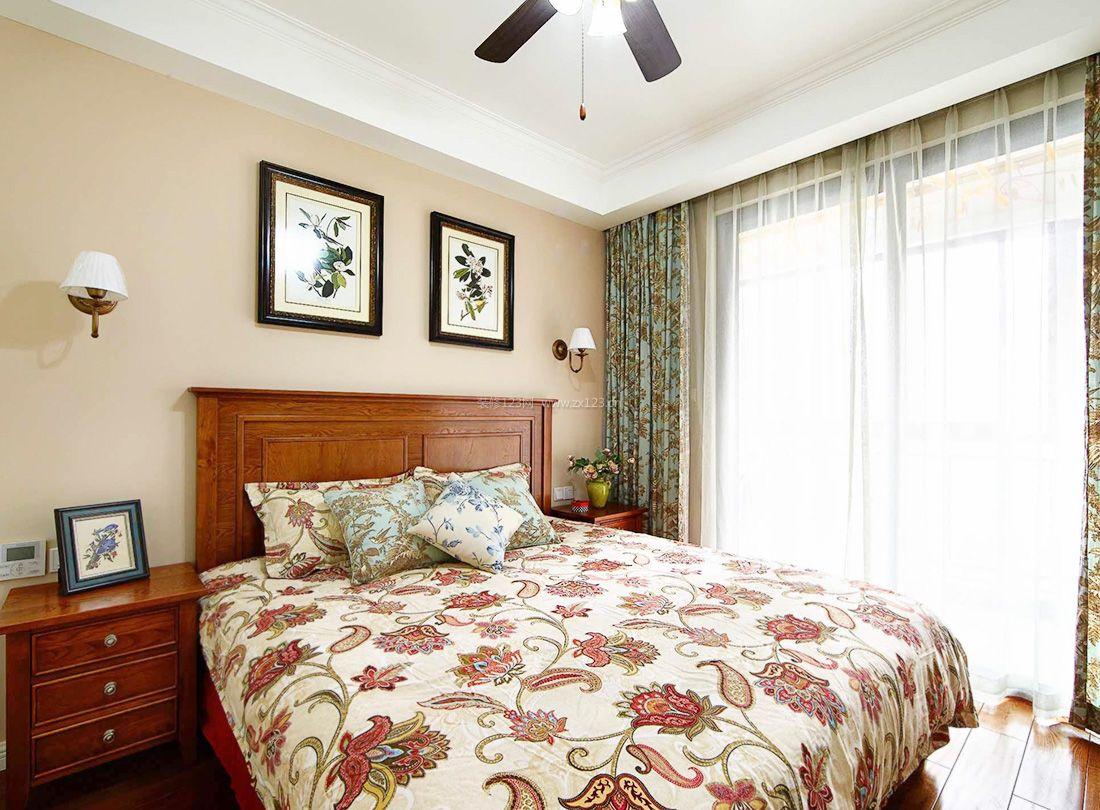 2017简约美式风格床头壁灯装修效果图图片