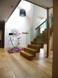 一层半别墅房间室内装修效果图
