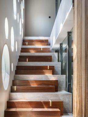2018二层楼房楼梯设计效果图