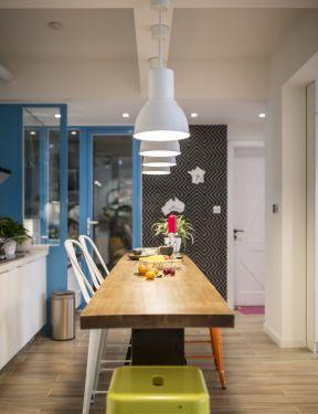 小戶型新房設計 餐廳吊燈