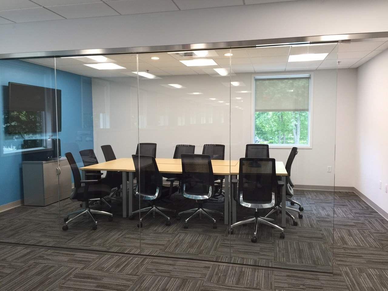 玻璃办公室会议室吊顶装修效果图